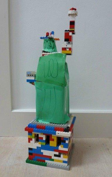 Lego Statue of Liberty - Ben Kitchen (6)