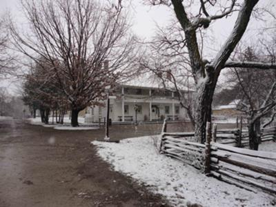 Pioneer village Inn